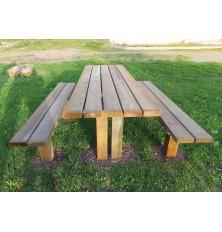 TABLE PIQUE NIQUE NARCISSE